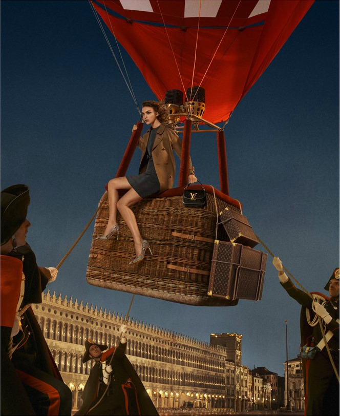 L'invitation au voyage by louis vuitton Venice - air balloon Venice LV